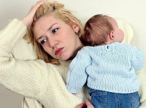 Phụ nữ sau khi sinh dễ bị huyết áp thấp và suy nhược cơ thể